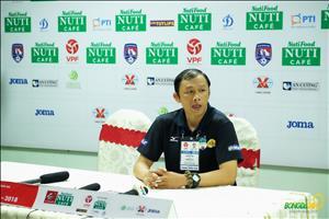HLV Duong Minh Ninh noi gi sau that bai cua HAGL truoc Quang Nam?