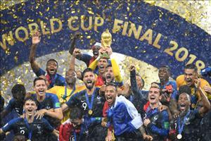 Cuu tuyen thu Phap cham choc chuc vo dich World Cup cua thay tro Deschamps