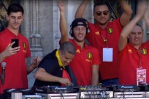 Video: Hazard quẩy tưng bừng khi trở về Bỉ