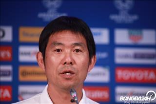HLV ĐT Nhật Bản lo lắng trước trận gặp Việt Nam