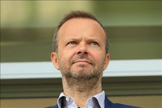 Giai ma Ed Woodward: Pho chu tich dieu hanh day quyen luc o Manchester United (P1)