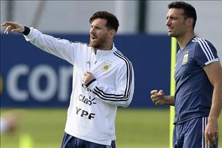 """Messi thừa nhận """"bắt thóp"""" HLV tuyển Argentina"""
