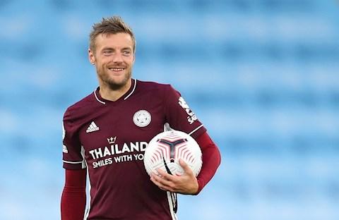 Jamie Vardy thay đổi lối chơi giúp Leicester City thêm biến hóa