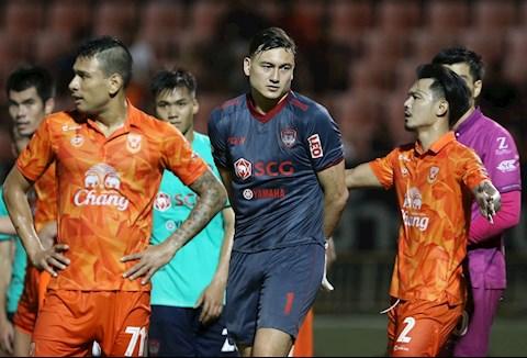 Văn Lâm lỡ cơ hội dự trận đấu giữa dàn sao Thai League với ĐT Thái Lan