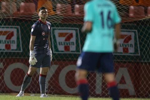 Văn Lâm góp công giúp Muangthong có 3 điểm ở vòng 7 Thai League