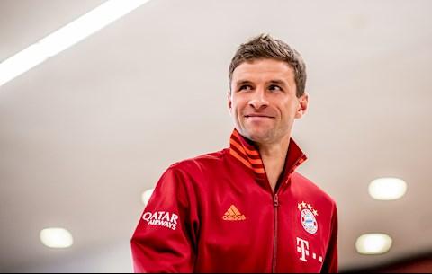 """Muller chửi thẳng mặt Atletico Madrid là """"lũ côn đồ"""""""