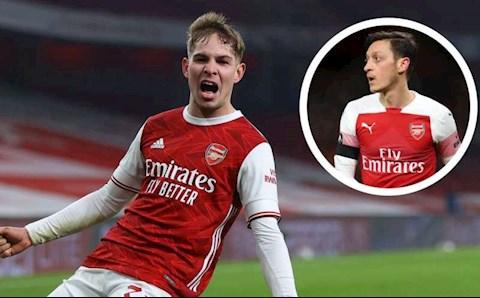Vì một người, Arsenal chẳng còn nhớ nhung gì Mesut Ozil…