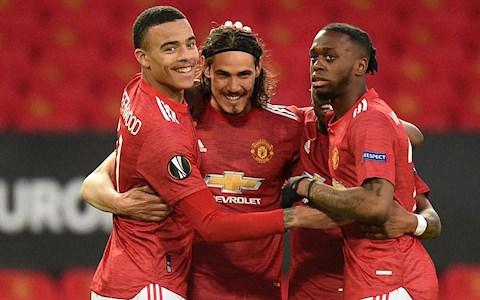 Manchester United: Làm việc thông minh hơn thay vì tốn sức