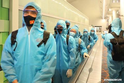 Chuyên cơ chở ĐT Việt Nam thay đổi lộ trình khi trở về từ UAE