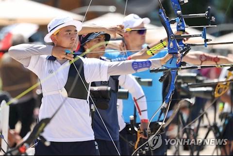 Sốc: Cung thủ tuổi teen vượt qua kỷ lục gia thế giới ở nội dung Cung 1 dây tại Olympic