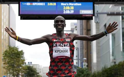 HCV Olympic nội dung marathon được bảo vệ thành công
