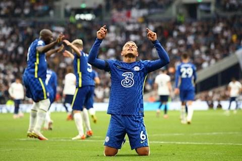 Thiago Silva chỉ sau duy nhất Didier Drogba