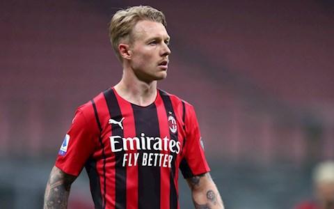 Simon Kjaer: Thủ lĩnh không cần tấm băng đội trưởng của AC Milan