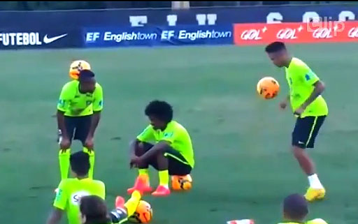 Học tâng bóng đỉnh như Neymar