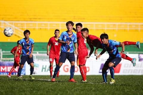 U18 Yokohama da choi tren chan hoan toan so voi U21 Viet Nam