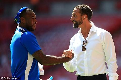 Ferdinand va doi truong Morgan cua Leicester
