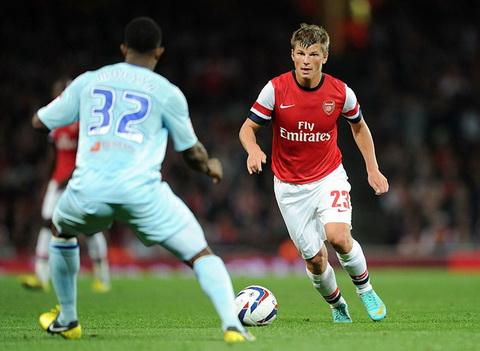 Arshavin tung khoac ao Arsenal tu nam 2009 toi 2013.