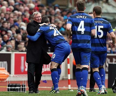 Du am Man United 2-0 Hull City Cai om cua Fellaini! hinh anh goc