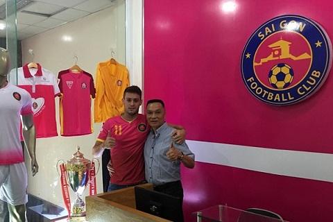 Nghi van Ngoai binh Patrick Cruz cua Sai Gon FC chi la hang gia hinh anh goc