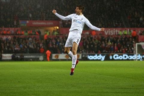 Du am Liverpool 2-3 Swansea Van cai dop nhuoc tieu hinh anh goc