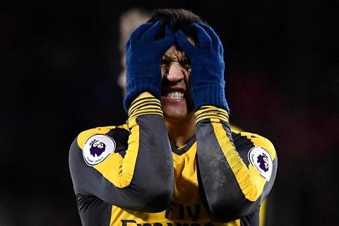 Arsenal va Alexis Hai ta khong con buoc chung tren mot con duong hinh anh goc 2