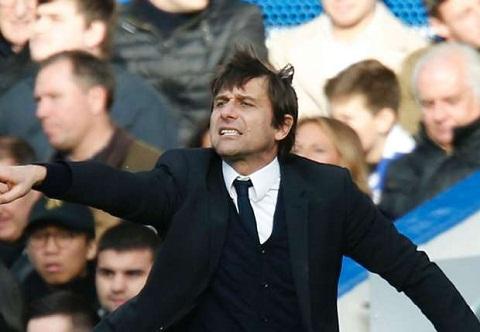 Soc: Inter Milan tinh gay soc voi HLV Conte
