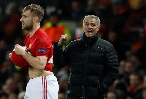 Mourinho va cai tat vao su ao tuong cua nguoi Anh hinh anh goc 2
