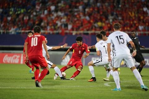 Goc nhin Voi HLV Hoang Anh Tuan, hoa U20 New Zealand la that bai hinh anh goc 3