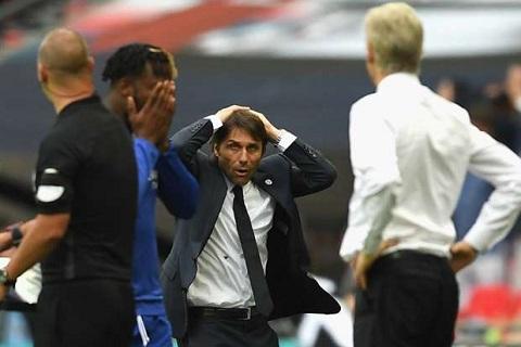 Chelsea guc nga tai chung ket FA Cup Khi Phao thu lai dua ra loi canh tinh cho Conte hinh anh goc