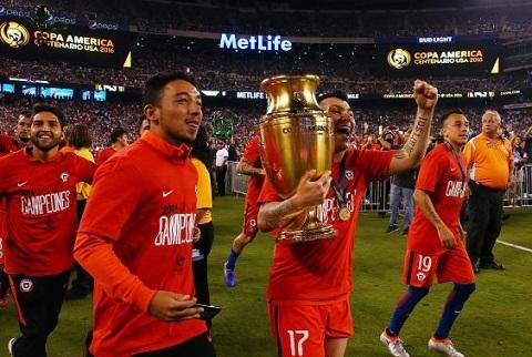 DT Chile tai Confed Cup 2017 Thanh qua tu nen mong cua El Loco hinh anh goc 2