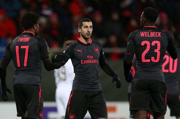 Arsenal: Nan giai bai toan ngheo nan vu khi trong kho dan duoc