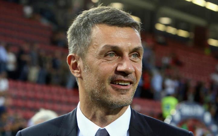 AC Milan con kem Juventus mot chang duong dai