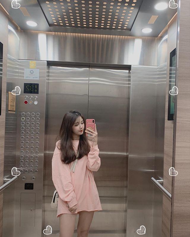 Bạn gái Văn Toàn khá yêu thích màu hồng