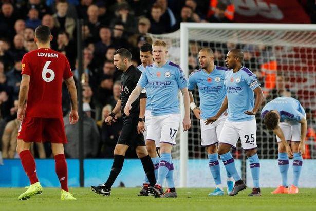 HLV Pep Guardiola tự hào về học trò sau thất bại trước Liverpool hình ảnh