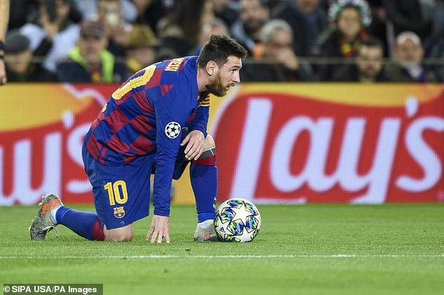 VIDEO Chuyện gì đang xảy ra với Lionel Messi hình ảnh