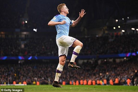 Kevin De Bruyne an dinh ty so 2-0 cho Man City