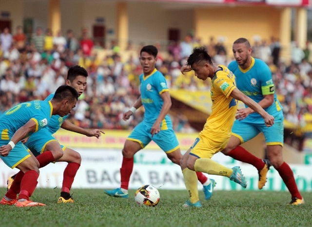 Lich thi dau vong 21 V.League 2019: Song o day song