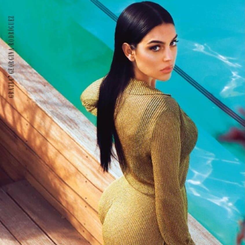 Bạn gái Ronaldo quyến rũ trên bìa tạp chí nổi tiếng của Ý hình ảnh gốc 3