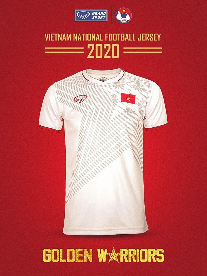 Mẫu áo đấu 2020 của ĐT Việt Nam khiến fan khen hết lời hình ảnh 3