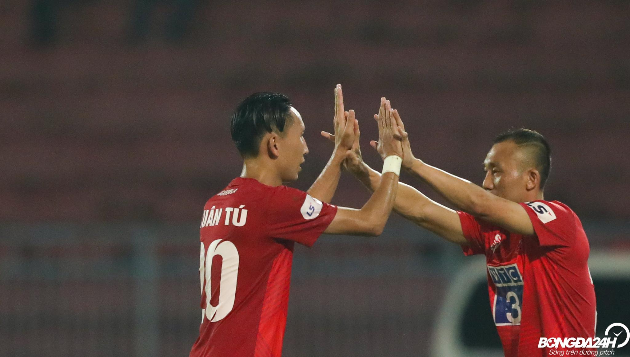 Nghiem Xuan Tu Hai Phong vs SLNA