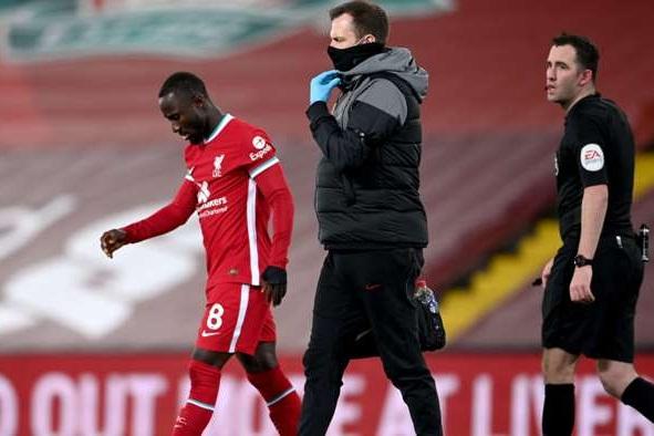 Liverpool trả giá cực đắt sau chiến thắng trước Leicester