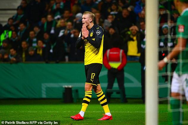 Vui mừng vì Haaland, Dortmund cả gan cà khịa MU và cái kết bi thảm hình ảnh gốc 2