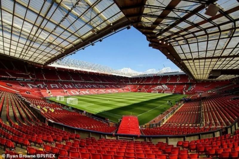 Premier League đón khán giả, nhưng Old Trafford vẫn vắng bóng hình ảnh