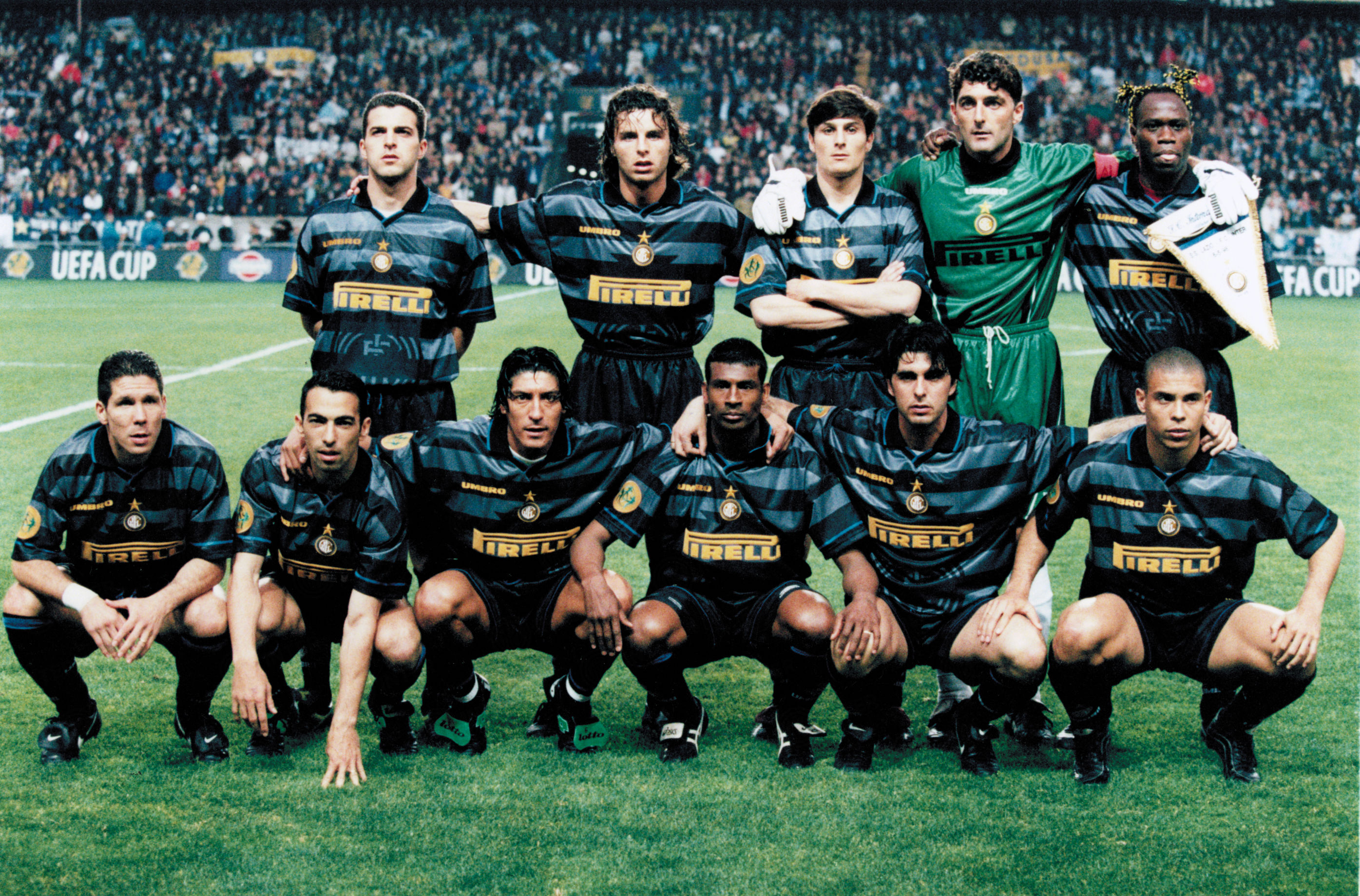 Chung kết UEFA Cup 1998 Inter vs Lazio Ronaldo tỏa sáng hình ảnh