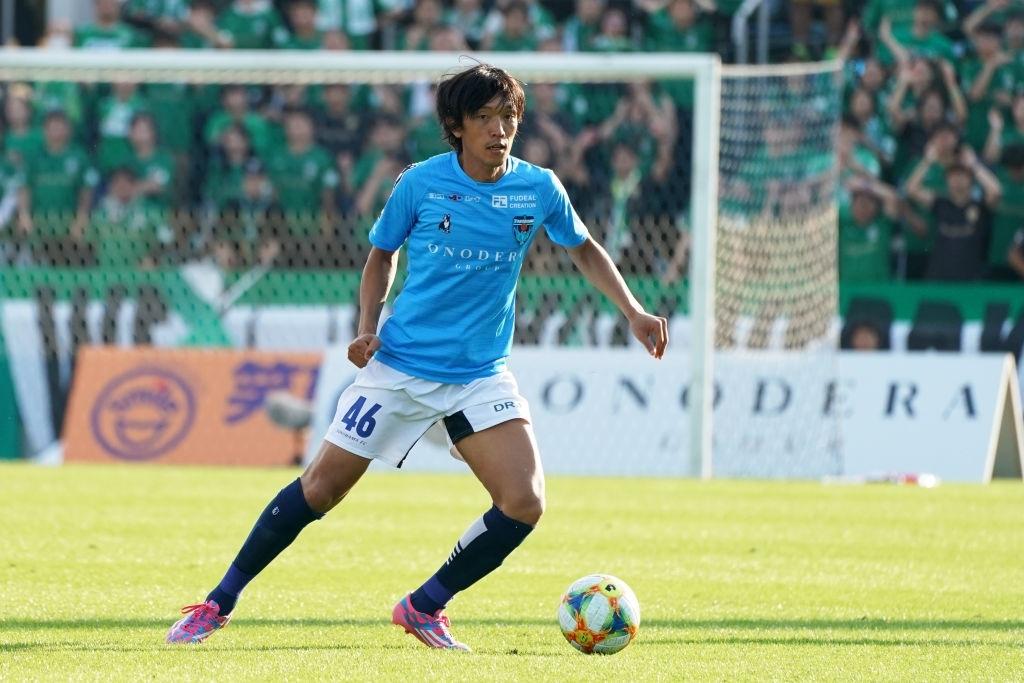 Shunsuke Nakamura Màu xanh bền bỉ hình ảnh