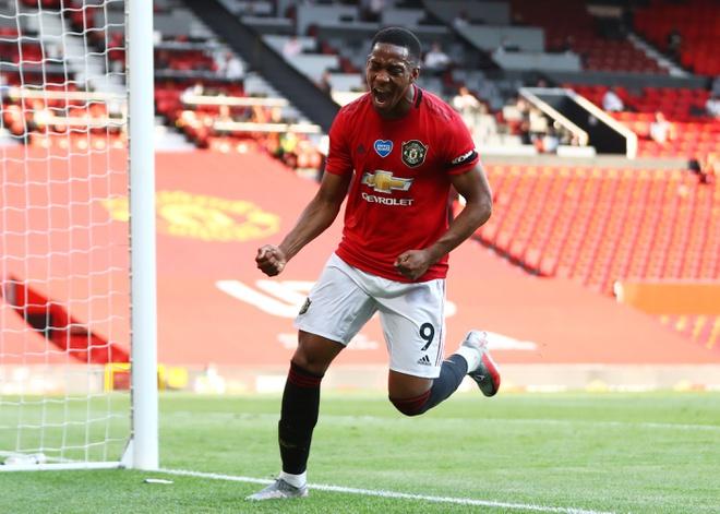 Martial tro thanh cau thu MU dau tien lap hattrick tai mot tran dau o Premier League tu nam 2013