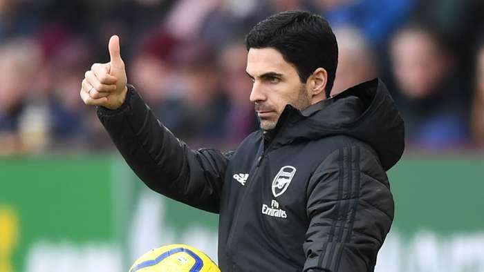 Cesc Fabregas khuyên nhủ Mikel Arteta trước chung kết FA hình ảnh