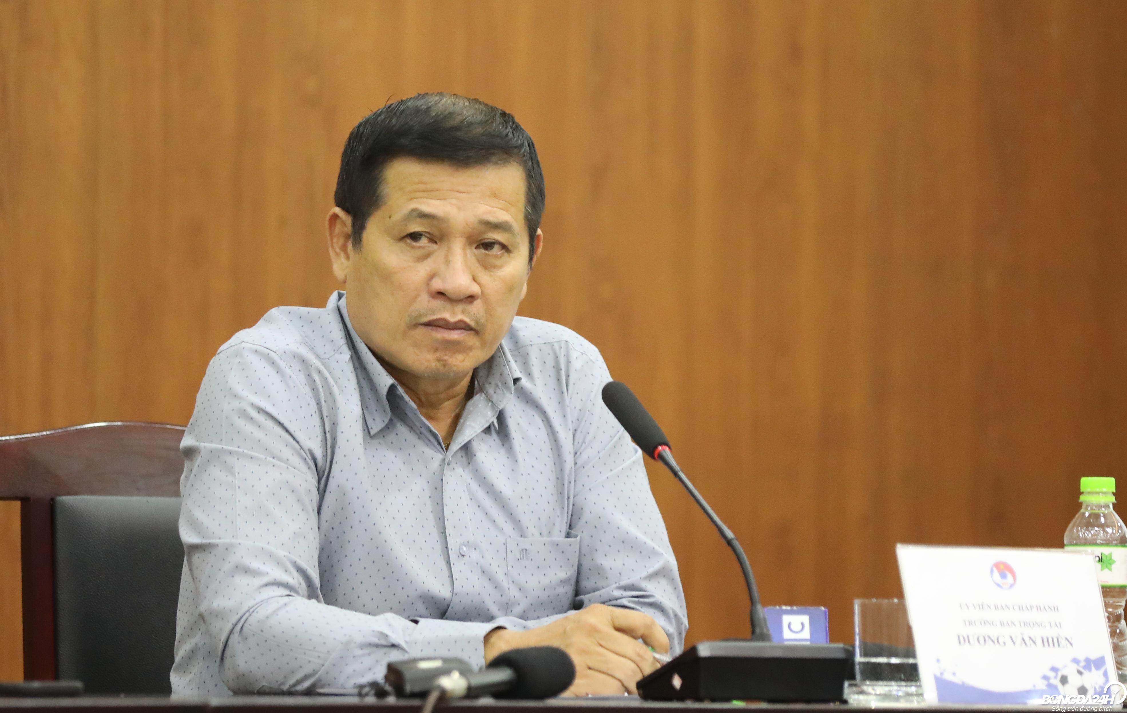 Ông Dương Văn Hiền chia sẻ về áp lực trọng tài hình ảnh