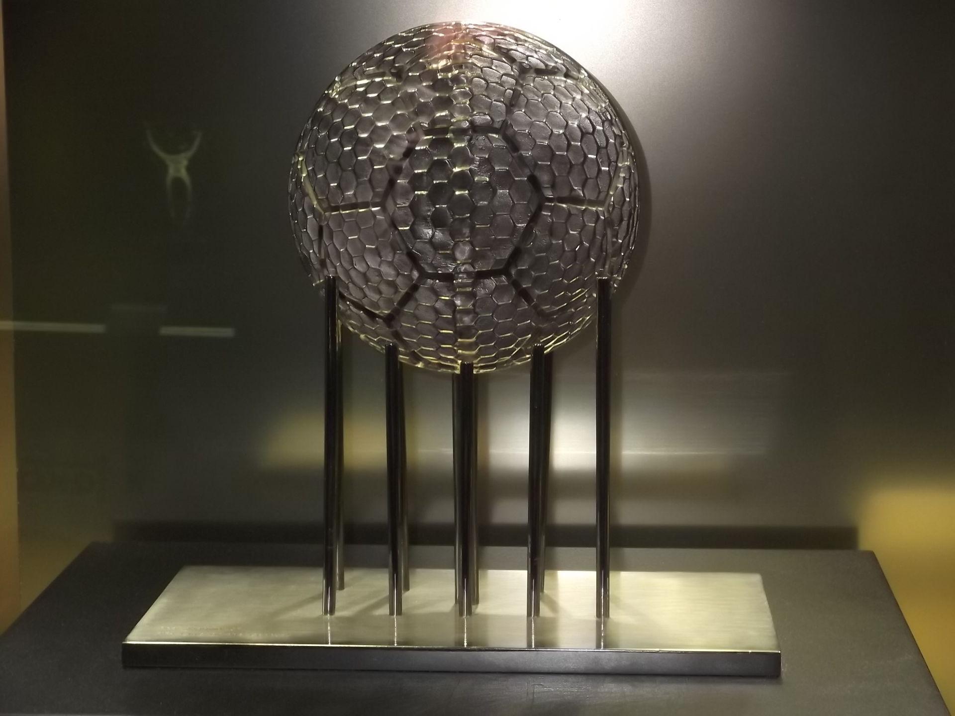 Tiểu sử và thành tích thi đấu câu lạc bộ Real Madrid CF hình ảnh gốc 3