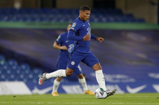 Thiago Silva được ca ngợi hết lời dù không biết tiếng Anh hình ảnh